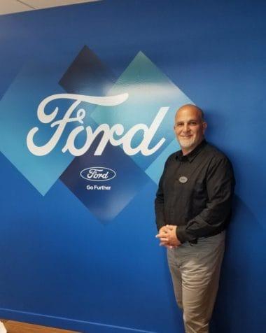 Peter Kalil : Client Service