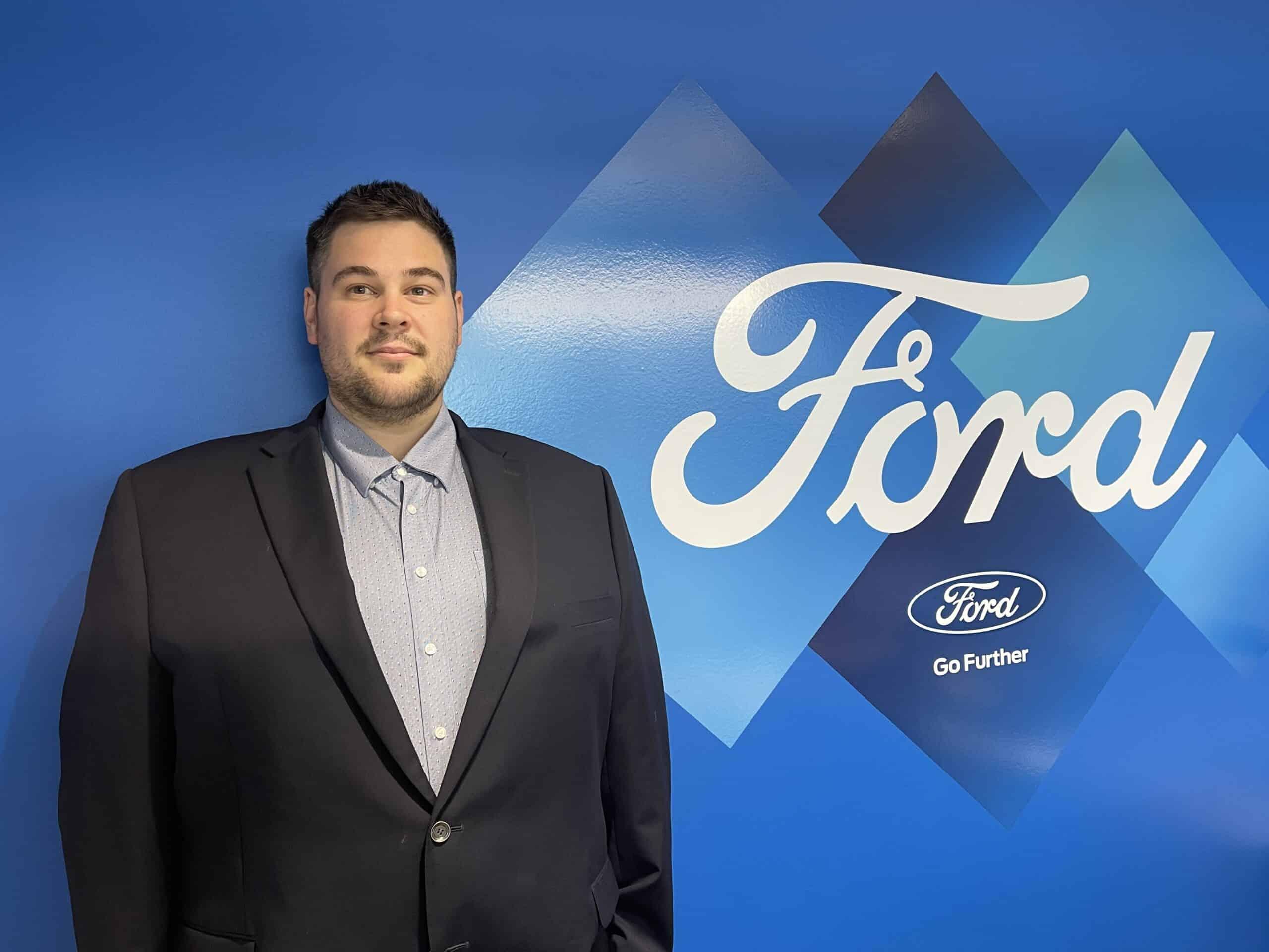 Hayden Vanderburgh : Sales Representative